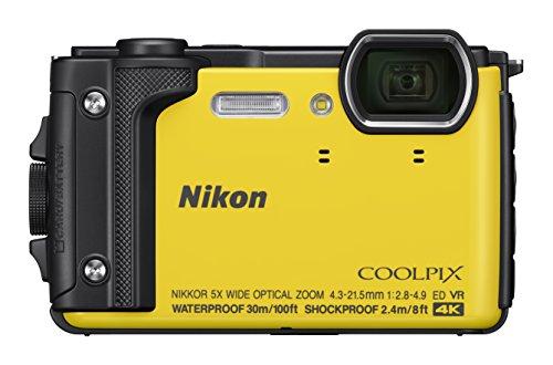 Nikon Coolpix W300 Digital Camera Gelb (16 MP, 5x Optical Zoom/7.6 cm (3 Zoll)...