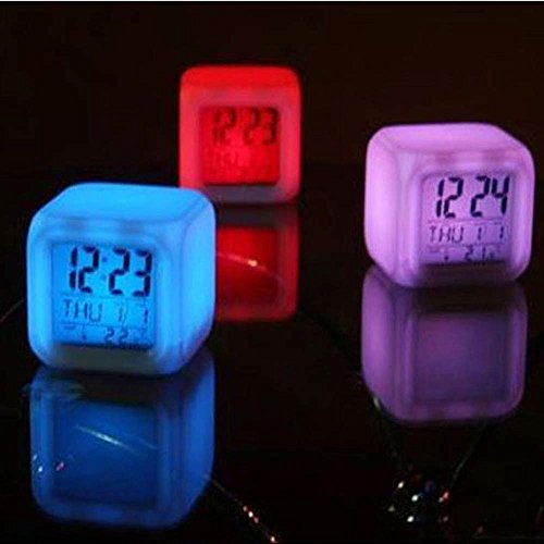 Hahuha Wecker, Digital Alarm Thermometer Night Glowing Cube 7 Farben Uhr LED...