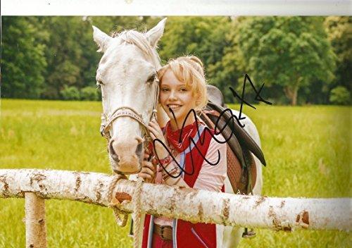 Lina Larissa Strahl original Autogramm/Autograph/signiert